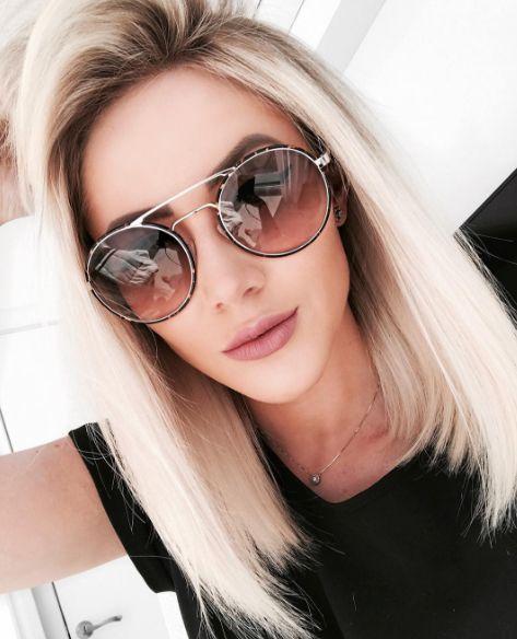 Já aproveitou a #BlackFriday em nossas lojas físicas?! Não perca a oportunidade de adquirir o modelo dos sonhos com aquele desconto  Lojas nos Shoppings Pátio Higienópolis e Ibirapuera  @natanadeleon de #Prada 51SS  #envyotica #shoppingibirapuera #patiohigienopolis #51ss #sunnies #sunglasses #oculos