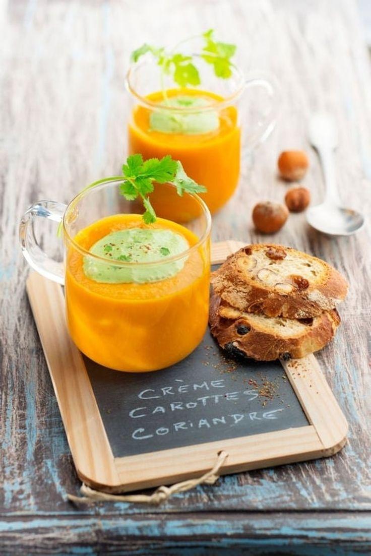 Velouté de carottes, crème de coriandre