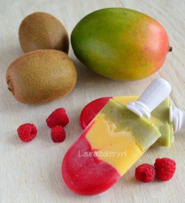 Stoplicht ijsjes met framboos, mango en kiwi