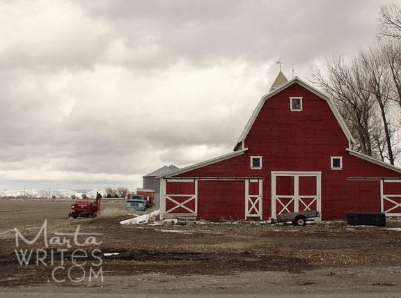 I love red barns