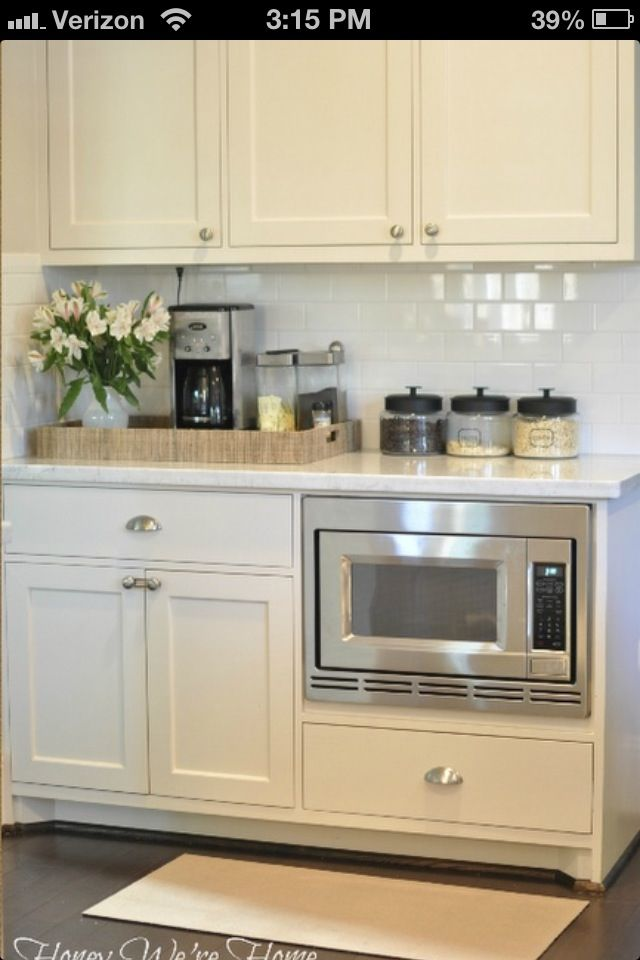 Microwave Low For Kids Leaves Me Room My Hood Above Stove And Backsplash Kitchen Ideas Pinterest Cabinets Remodel