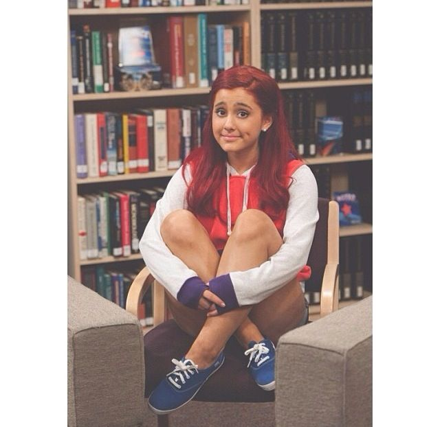 Watch Ariana Grande in Sam  and Cat at Nickelodeon! Don't forget to listen to her new music Right There!