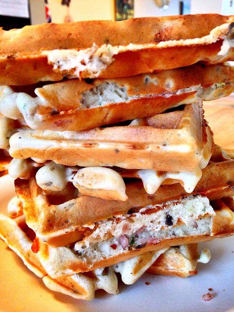 4 Easy Waffle Recipes for the Perfect Weekday Breakfast  #everten #australia #cookware #kitchenware #tableware #outdoor #cutlery #glassware #bakeware #waffle #waffles #recipe #chocolate #belgianwaffles