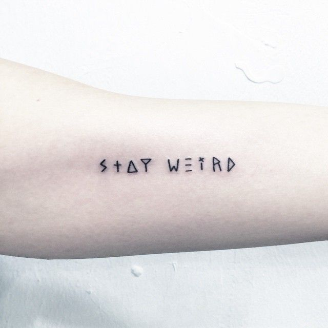 ✖️stay weird✖️ . . . #타투 #그림 #아트 #그림타투 #디자인 #일러스트 #블랙타투 #블랙 #tattoo #design #greemtattoo #illustration #black #blackworkers #blacktattoo #blackink #ink #레터링 #lettering