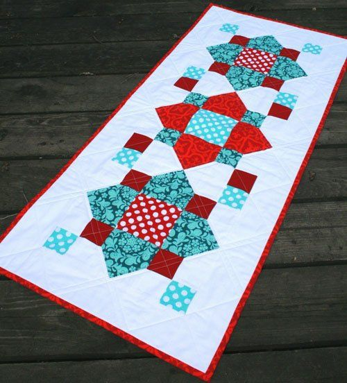 Quatrefoil quilt pattern free table runners pinterest