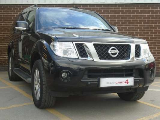 Used 2014 (14 reg) Black Nissan Pathfinder 2.5 dCi Tekna 5dr for sale on RAC Cars