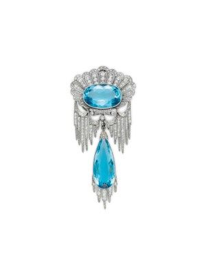 A BELLE ÉPOQUE DIAMOND AND AQUAMARINE PENDANT BROOCH, BY CHAUMET