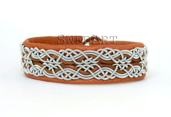SwedArt B17 Snowflake Sami Lapland Reindeer Leather Bracelet Pewter and Silver Braids Antler Button Tan 1/2 Inch Wide SMALL
