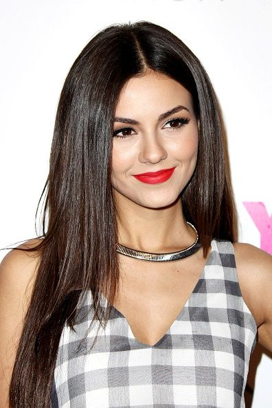Oooh Victoria Justice                                                                                                                                                     Mais