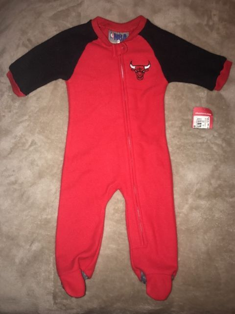 New NBA Chicago Bulls Basketball Apparel Infant Sleeper Bodysuit Size 0-3 Months | eBay
