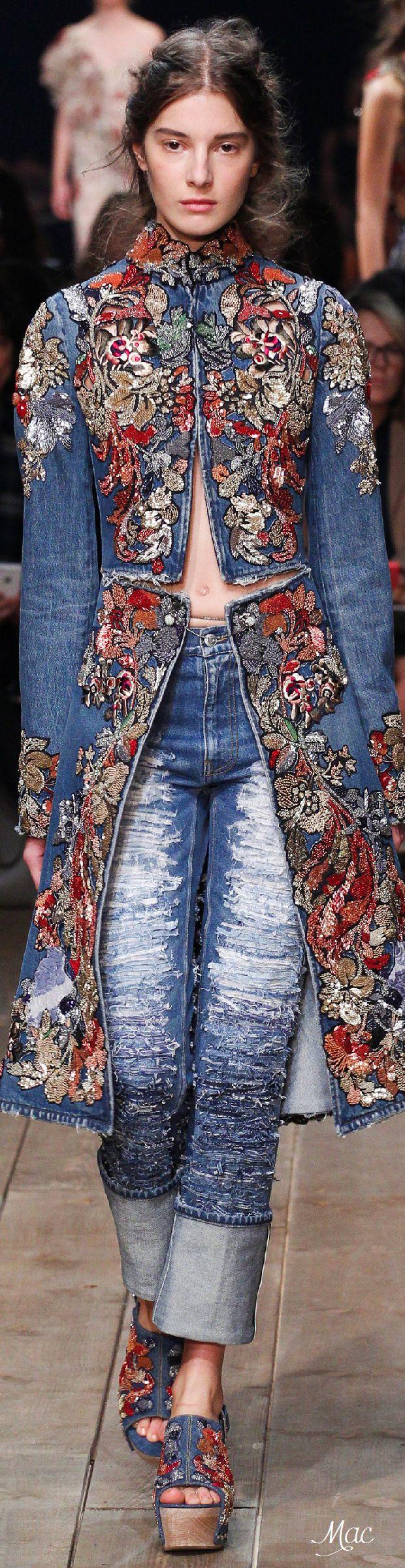 Spring 2016 Ready-to-Wear Alexander McQueen