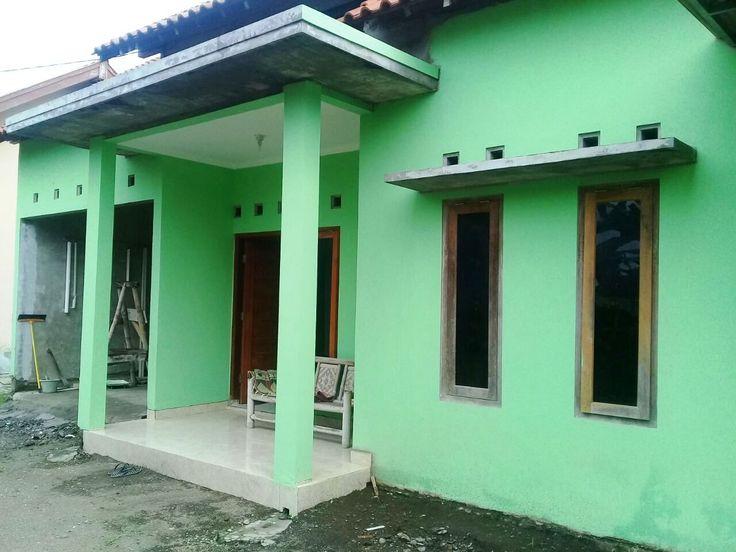Disewaskan Rumah Baru dekat UII. Bisa buka www.kontrakan5.com atau bisa hubungi 085600011669 / D46C8E79.