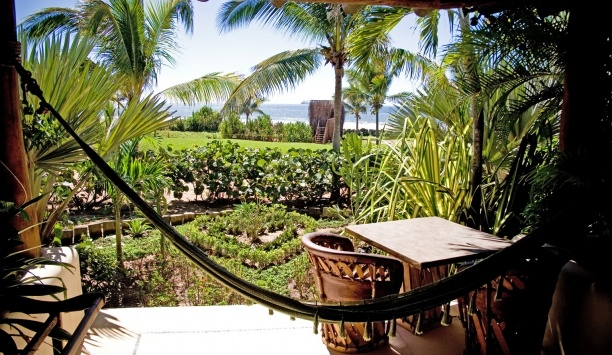 please use this pin for the contest : Hotel Las Palmas: Ocean View Suites have private terraces with views of the Pacific Ocean.#JSHammock