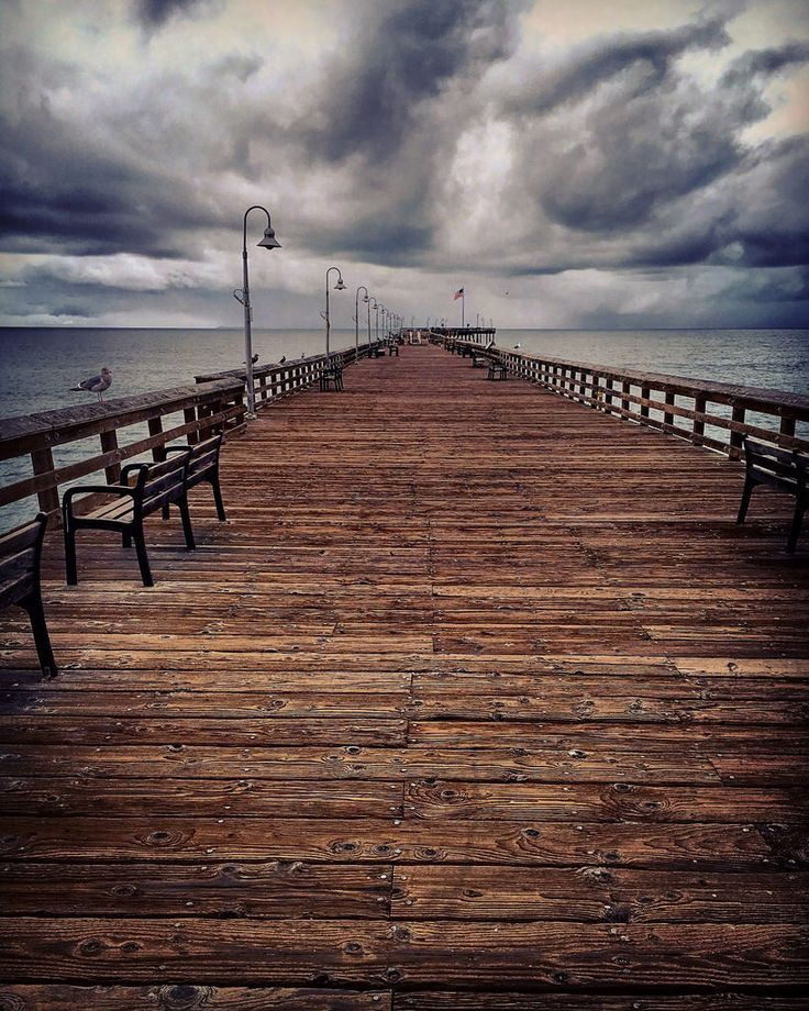 Cloudy day at the Ventura Pier