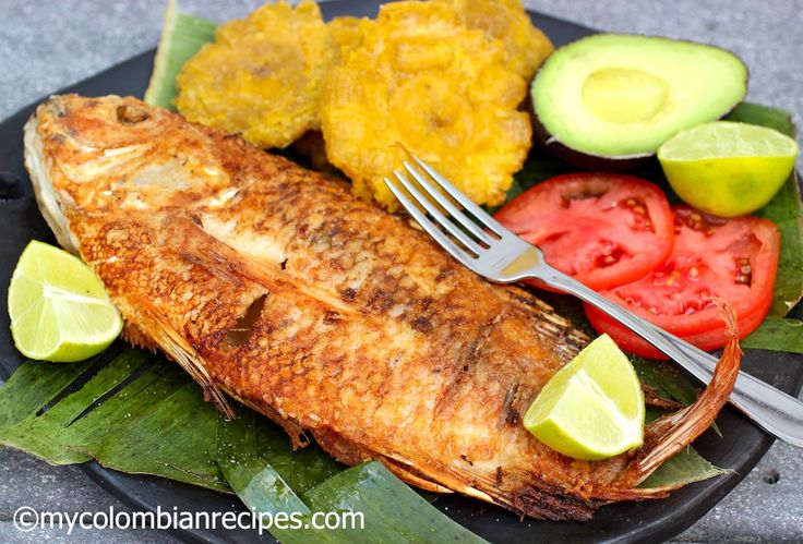 Pescado Frito Colombiano - Fried Whole Fish, Colombian style ~ recipe in English and Spanish