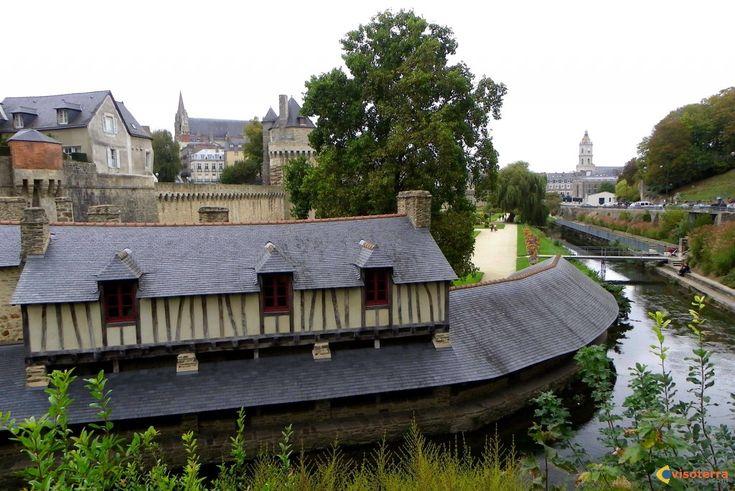 , France  Vannes: les vieux lavoirs