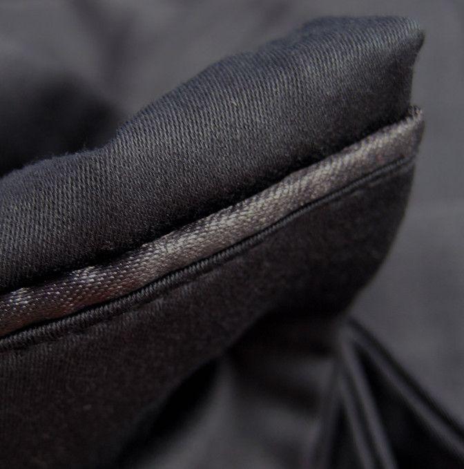 Las sábanas negras son además extremamente combinables.  http://www.blanqueria.net/sabanas/sabanas-negras.html