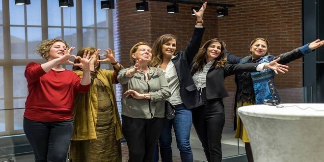 İzmir'in yeni kültür-sanat merkezi Mahall Bomonti Sanat, 8 Mart Dünya Kadınlar Günü'nde özel bir ser...