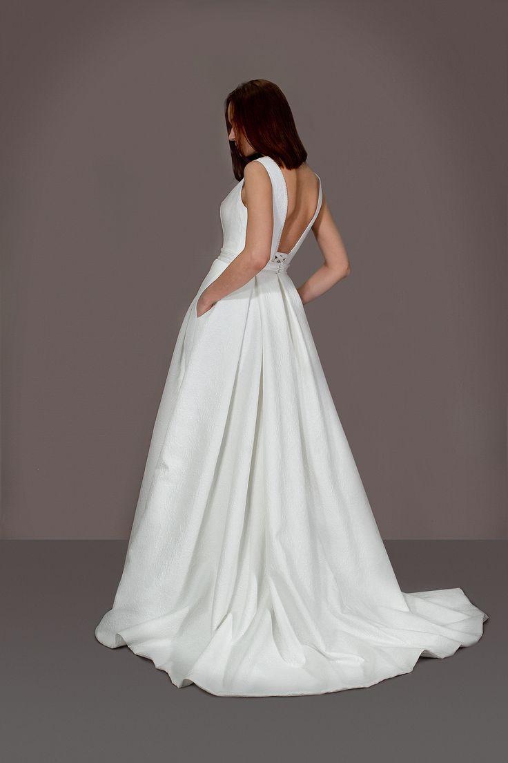 Атласное свадебное платье, А-силуэт