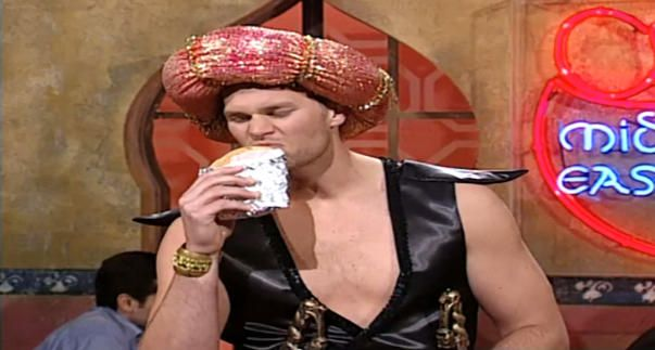 5 Moments you probably forgot about when Tom Brady hosted SNL | New England Patriots