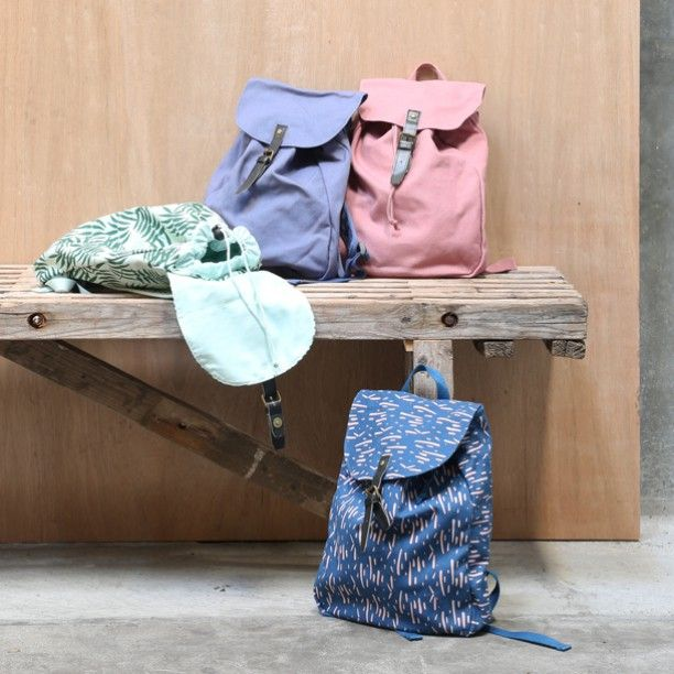 Little bags ready for fun trips. Price DKK 98,00 / SEK 133,00 / NOK 132,00 / EUR 13,72 / ISK 2809 #grenechildren #sostrenegrene #søstrenegrene – sostrenegrene.com
