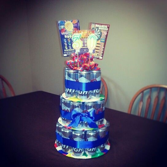 DIY 30-pack Of Beer Cake I Made For My Husband's 30th