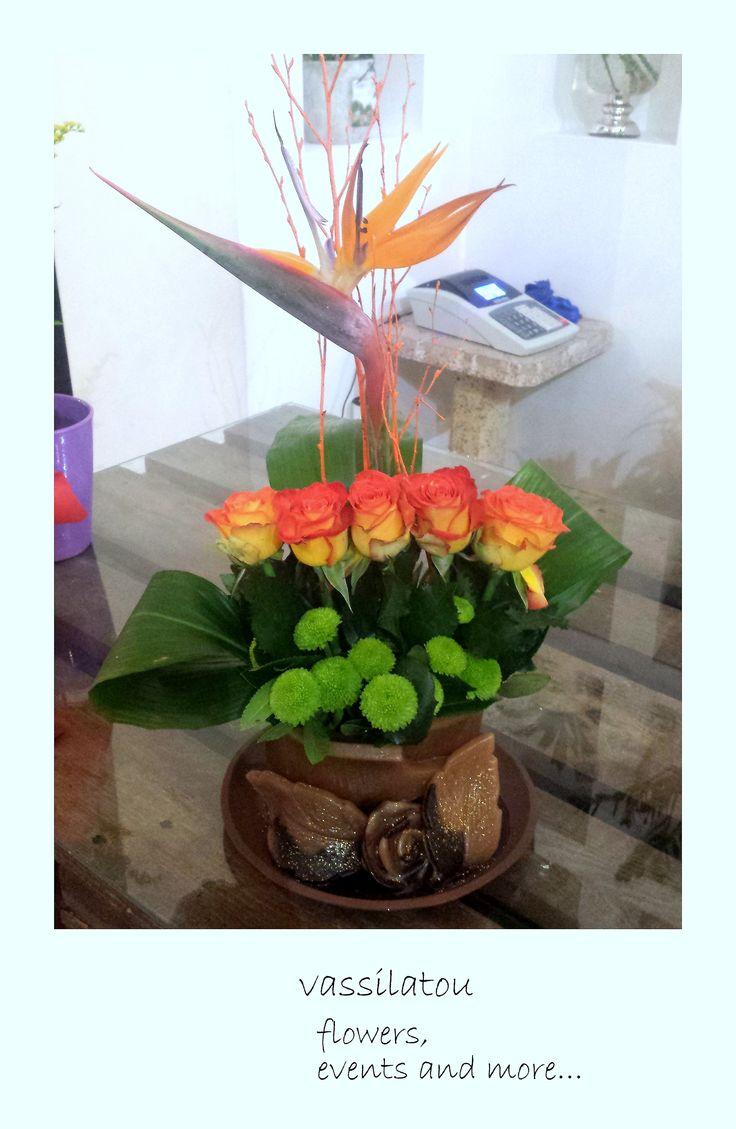 flowers arrangement www.vassilatou.gr