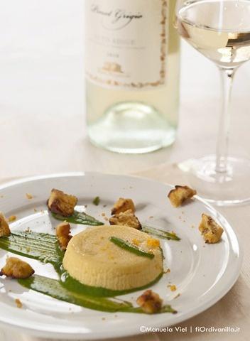 Budino di Parmigiano Reggiano, zabaione di spinaci e pera e crostini