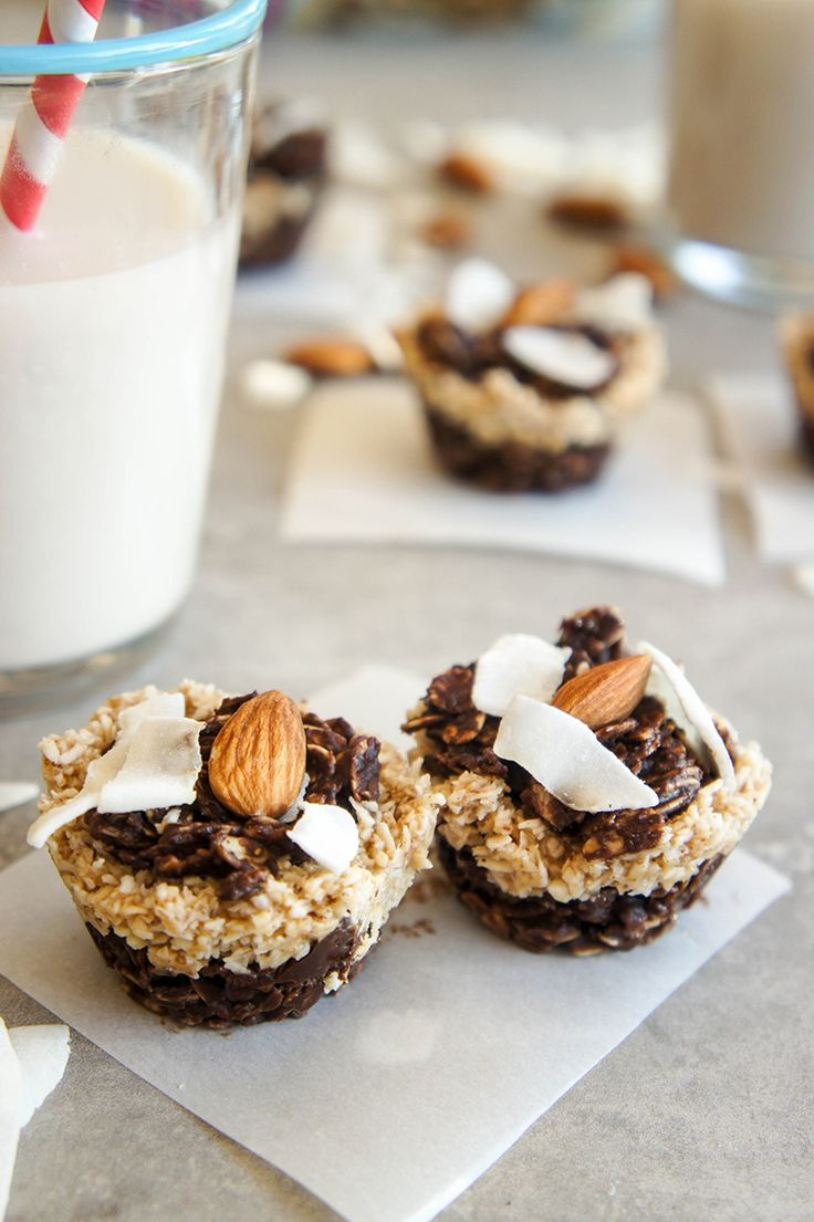 5 Minute, No-Bake Almond Joy Cookies / Made with clean ingredients, these cookies couldn't be easier to put together, or more indulgent tasting!