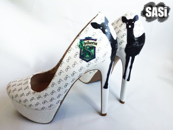 Always Harry Potter Wedding Shoes by SASiShoes on Etsy These Always Harry Potter shoes feature the doe pattronus and one of the four house crests. The majority of the shoe is covered with tiny Harry Potter glasses and lightning bolts with iridescent glitter on the platform. You can show off your house colors by picking Gryffindor, Slytherin, Ravenclaw, or Hufflepuff for the crest on the heel. These shoes are perfect for any Harry Potter themed wedding or as a gift to that Harry Potter fan.