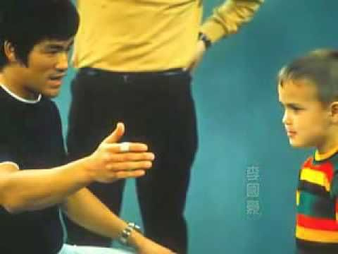 Bruce Lee 1969 some b/w snippets