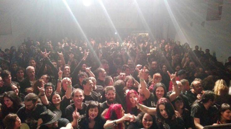 O momento em que estás no moche com dois ídolos http://palavrasdoabismo.blogspot.com/2017/03/porra-estive-no-moche-com-o-fernando.html #música #concertos #metal #fernandoribeiro #bizarralocomotiva
