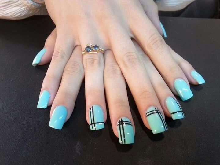 #righe#moderno#nails#arte#tiffany#unghie#quadrate#nero#fixelnailslaboratory