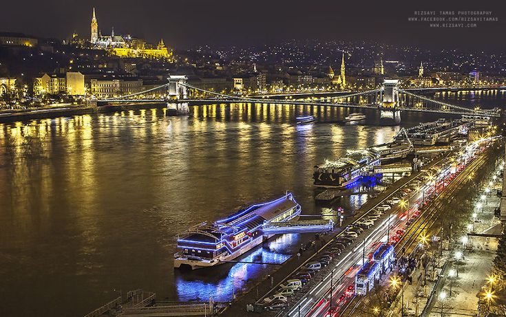 I Photographed The Magical Atmosphere Of Christmas In Budapest | Bored Panda
