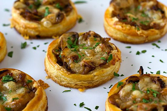 Caramelized Onion, Mushroom & Gruyere Tartlets - these would also be good on polenta rounds