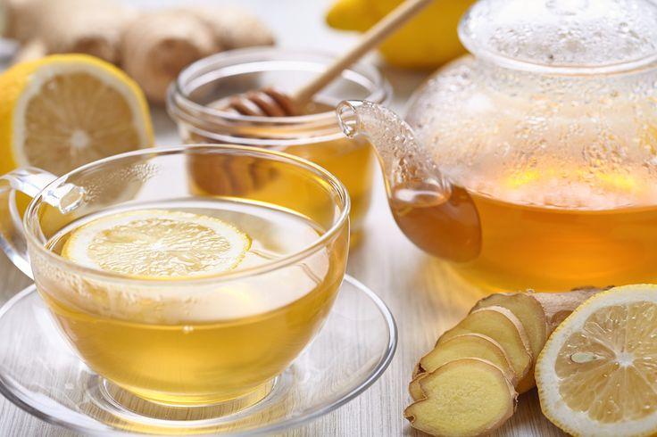 Voel jij je wat grieperig, of blijft die vervelende verkoudheid maar aanhouden? Met dit homemade drankje voel je je snel beter, en dat zonder antibiotica!