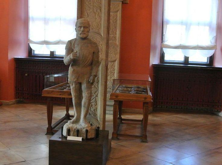 pomnik z pręgierza 7 Sala królewska