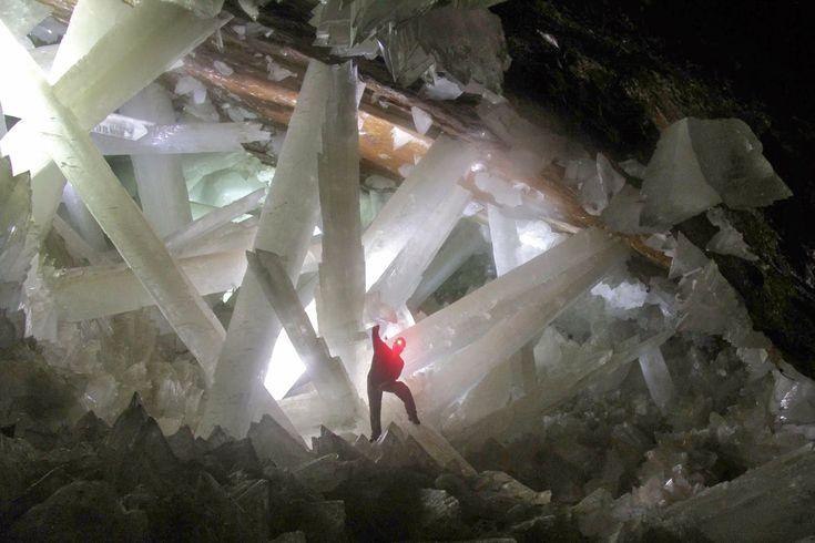 Voyage au centre de la Terre : les cristaux géants de Naica ~ Sweet Random Science