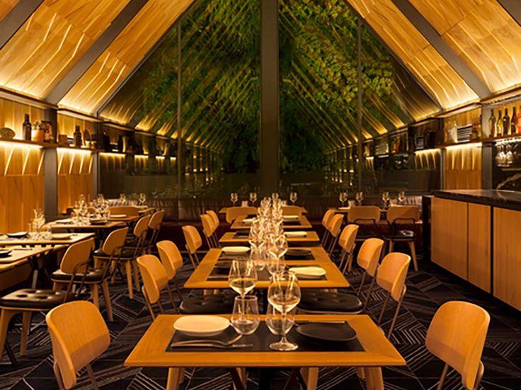 60 best bancos y taburetes images on pinterest stools for Piccolino hotel decor
