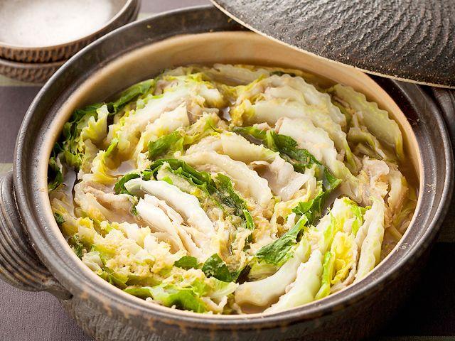 白菜と豚バラ肉のジューシーな組み合わせに、おろししょうがとたっぷりのこしょうがアクセント!!