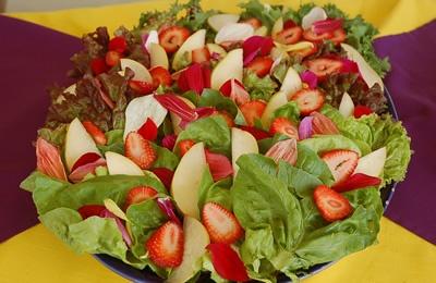 ENSALADA DE PETALOS DE ROSA: Con Pétalos, Pétalo De, With Food, Petalos De, Salad, Food, Alimentos Con, Petalo De Rosa, De Petalos