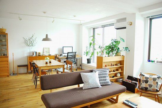 北欧系リビング。Scandinavian interior from Japan. Multipurpose room, white, light, wood