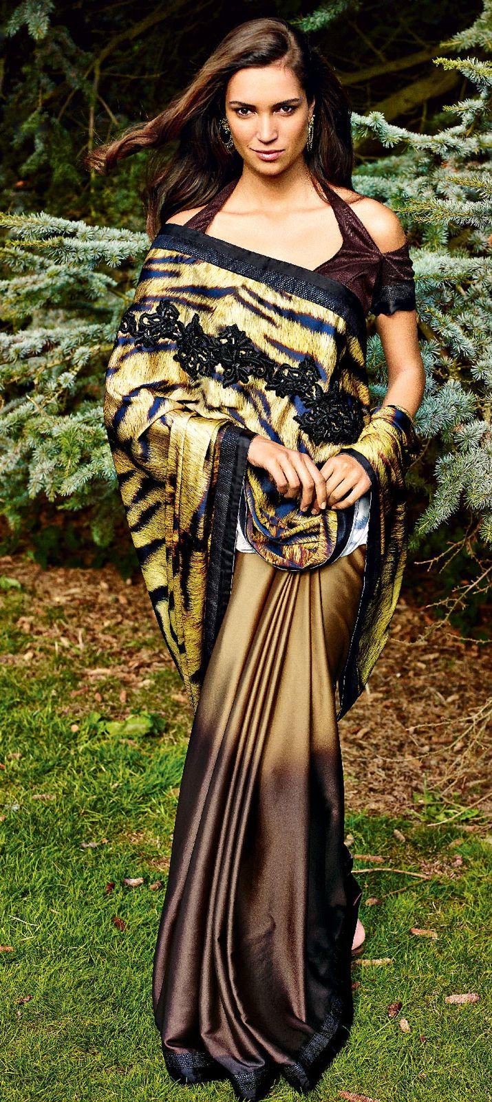 154805: TIGRESS OF THE JUNGLE. This #saree will make you on.  #AnimalPrints #IndianFashion #OnlineShopping #tigers