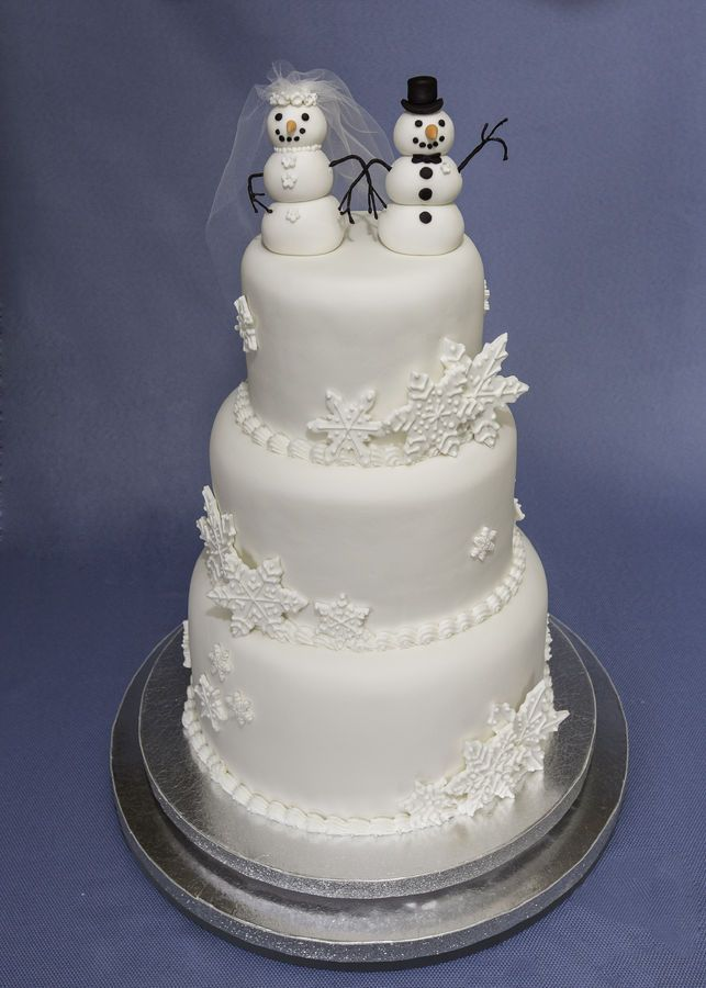 54 Best Winter Wedding Cakes And Cupcakes Images On