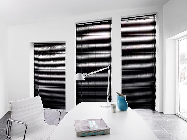 Faber 25 mm persienne skrå vindue