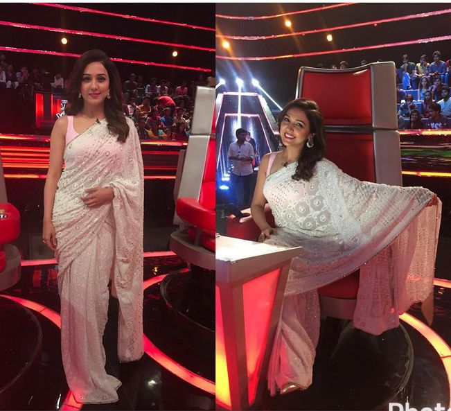 Neeti Mohan In A Beautiful Embroidered Sari ,In Voice Of India Show..Mail us at contact@ladyselection.com