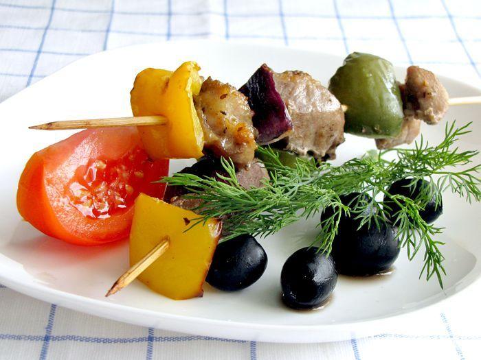 Сувлаки из свинины (греческий шашлык) | Кулинарные рецепты от «Едим дома!»