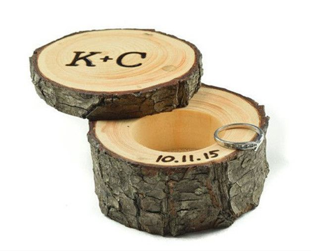 Hochzeit Ringschachtel Ringschatulle moos ring box Shop Category: RIng Box Personalized Rustic Wedding Ring Box This wooden ring box is perfect touch for your Rustic themed wedding. It...