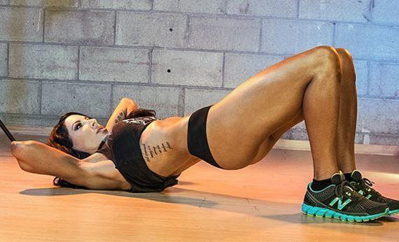 Treino para mulheres sem equipamento   Confira este programa de treino que permite trabalhar sobretudo a parte inferior (pernas) sem equipamento de musculação.