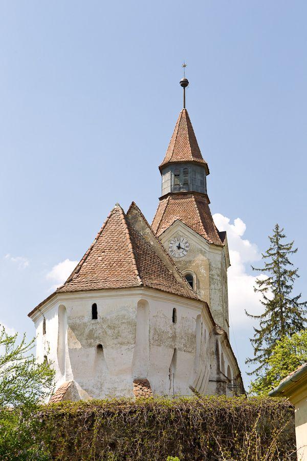 Biserica evanghelica fortificata Bunesti